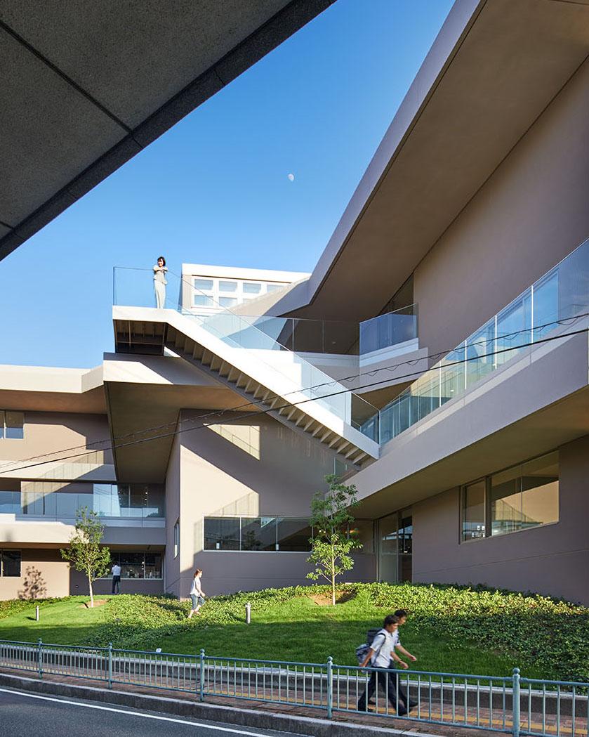 Baiko Gakuin University